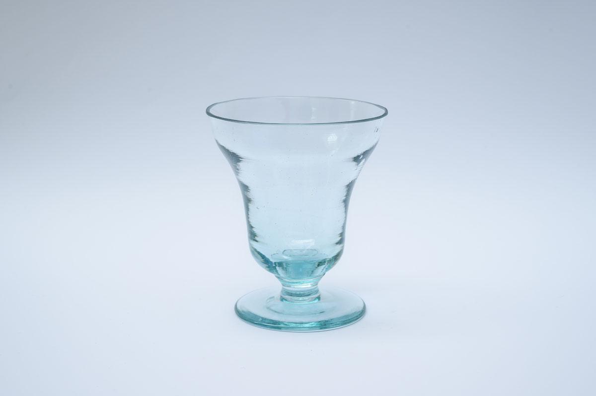 Čaša na nozi – replika